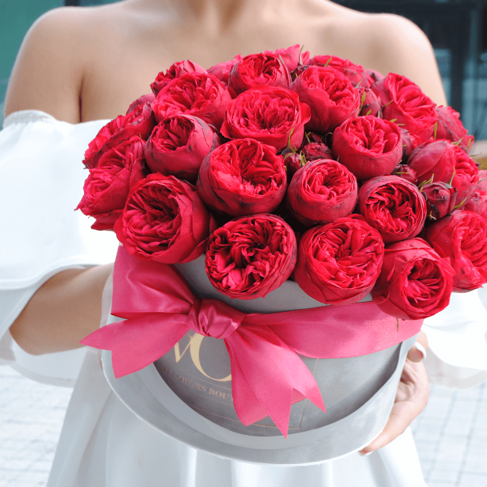 Red Piano roses WOW geles i namus