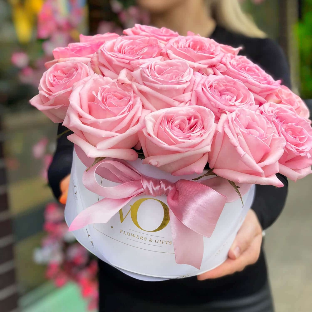 Kvepiančios rožės dėžutėje